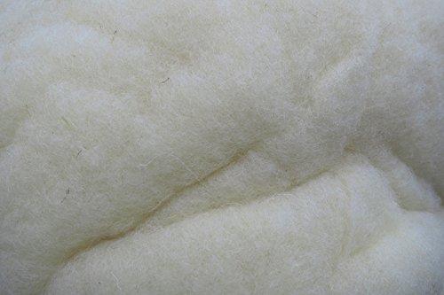 Füllwatte aus 100 % Schafschurwolle, natur, 1,5 kg, fein, (EUR 13,93/kg), kompostierbar, waschbar, Watte, Bastelwatte, geeignet als natürliches und nachwachsendes Füllmaterial für z.B. Plüschtiere, Puppen, Bären, Kissen usw. ... .